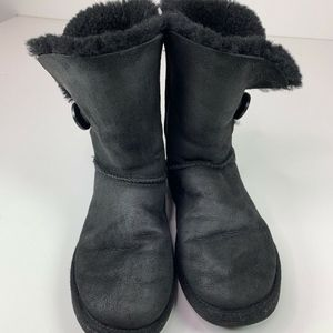 UGG Australia Womens Bailey Button Ankle Boot 7